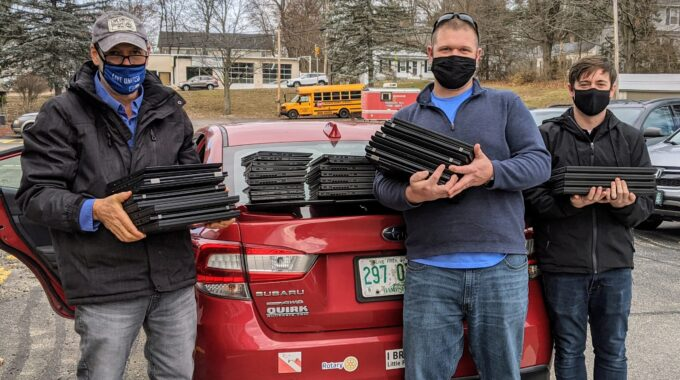 United Way Delivers 100 Laptops To Hudson School District – Thank You Skillsoft!